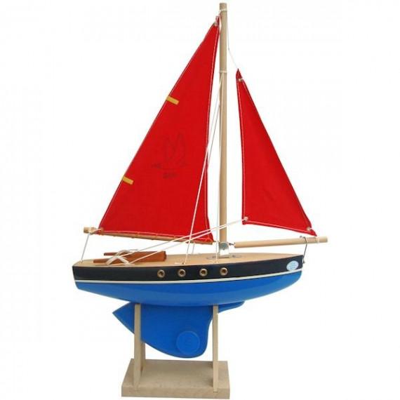 Voilier Tirot 500 coque bleue voile rouge 30 cm