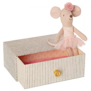 Petite souris danseuse dans son lit à tiroir Maileg