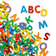 83 petites lettres magnétiques en bois DJECO 3101