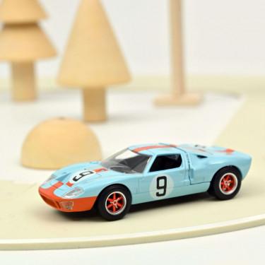 Ford GT 40 Le Mans 1968 n°9 Norev 1-43